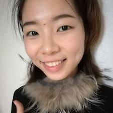 黄 User Profile
