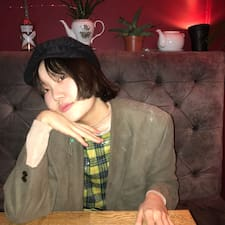 JeeHye felhasználói profilja