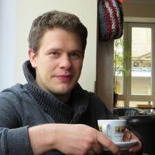 Profil Pengguna Lars