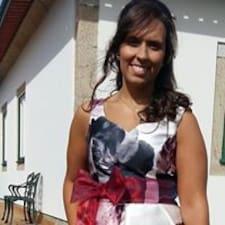 Mónica User Profile
