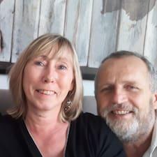 Profil Pengguna Corinne & Keith