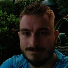 Makis User Profile