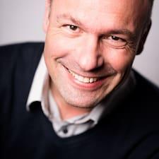 Baptiste Brukerprofil
