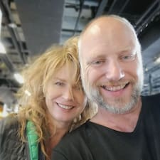 Mike & Hanneke User Profile