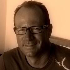 Profil Pengguna Pierre Eric