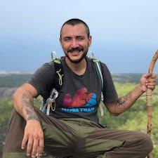 Ahmet 是星級旅居主人。