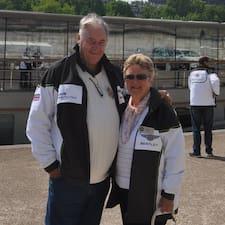 Ο/Η Christine & David είναι ο/η SuperHost.