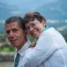 Benoit Et Isabelle est un Superhost.