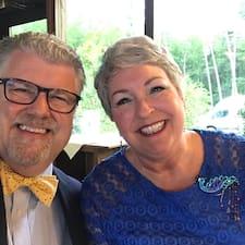 Terry  & Arlene är en Superhost.