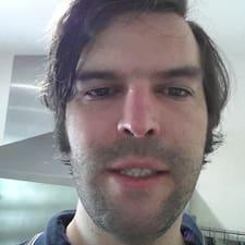 Profil Pengguna Julian