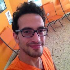โพรไฟล์ผู้ใช้ Giovan Battista