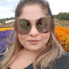 Sharmistha felhasználói profilja