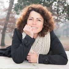 Profil Pengguna Agnès