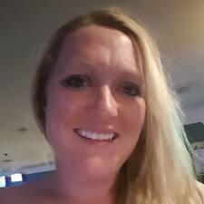Carlee User Profile