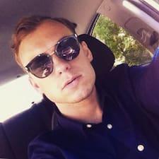 Profil Pengguna Dmitrii