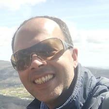 Nuno Filipe är en Superhost.
