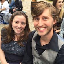 Katie & Arden Brugerprofil