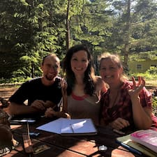 Carolina, Sylvie & Sean — суперхозяин.