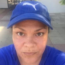 Monique Kullanıcı Profili