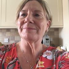 โพรไฟล์ผู้ใช้ Karen