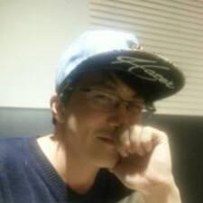 Henkilön Kwon Young käyttäjäprofiili