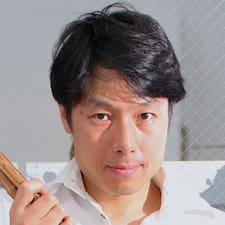 Подробнее о хозяине Akira