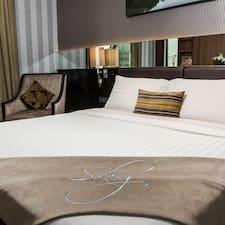 Profil Pengguna The Continent Hotel Bangkok