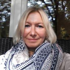 Profilo utente di Anja U D Andrew