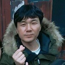 โพรไฟล์ผู้ใช้ Sang Hyun