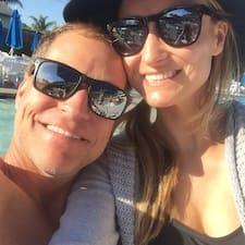 Profil korisnika Mike & Donna