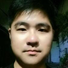 佳緯 User Profile