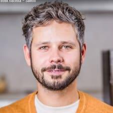 Tomáš님의 사용자 프로필