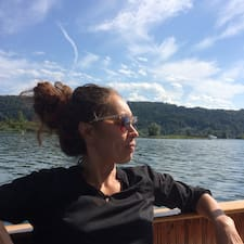 Laura2484