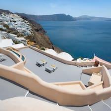 Το προφίλ του/της Villa Santorini 520