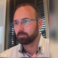 Agustín felhasználói profilja
