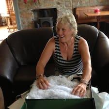 Sharon – супергосподар.