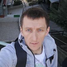 Profil Pengguna Timur