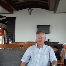 Hadi User Profile