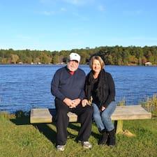 Profilo utente di Jimmy And Carolyn
