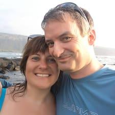 Peter & Denise es el anfitrión.