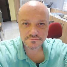 Profil Pengguna Daniele