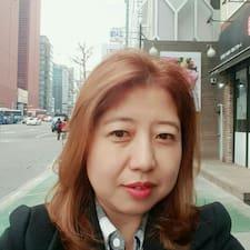 Eun-Hwoa to Superhost.
