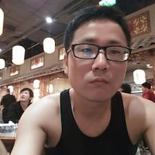津 User Profile