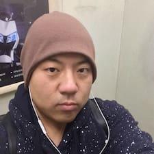 彪 User Profile