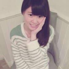 思瑩 felhasználói profilja