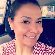 Denisse Elizabeth felhasználói profilja