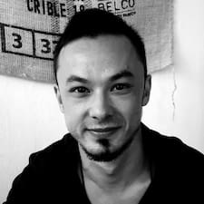Tuan-Bao User Profile