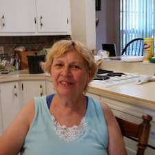 Janet Superhost házigazda.