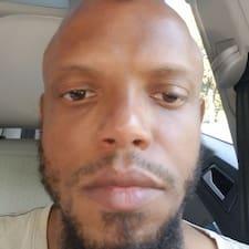 Bradley felhasználói profilja