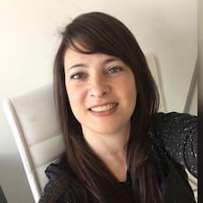 Maria Laura User Profile
